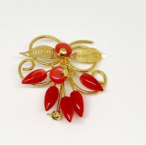 Vintage Gold Toned and Coral Floral Brooch